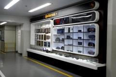 Showroom_Continental_1